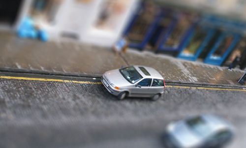 How to use Photoshop to create tilt-shift photography?